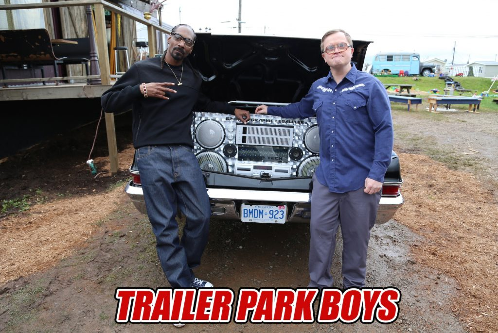 Snoop Dogg and Bubbles in Sunnyvale Trailer Park