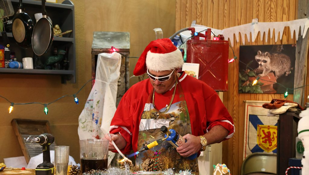 Ricky from the Trailer Park Boys is making his own Christmas ornaments