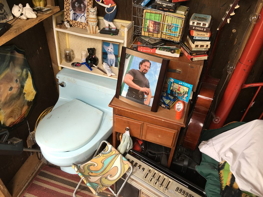 The interior of Bubbles' shed