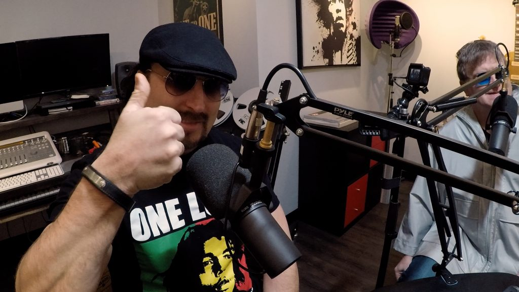 Thumbs up by Master of Puppets, JP Tremblay